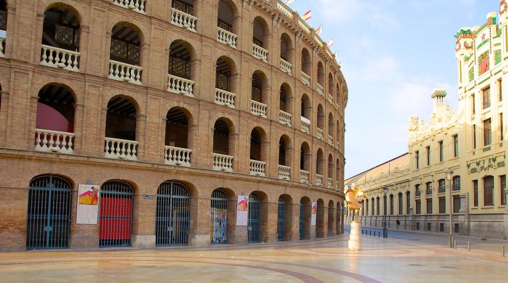 Centrum van Valencia inclusief historische architectuur, een plein en een stad