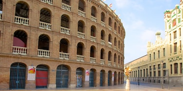 Valencia City Centre featuring a city, heritage architecture and a square or plaza