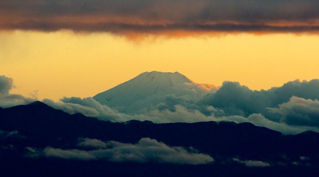 富士山 设有 山水美景, 山 和 夕陽