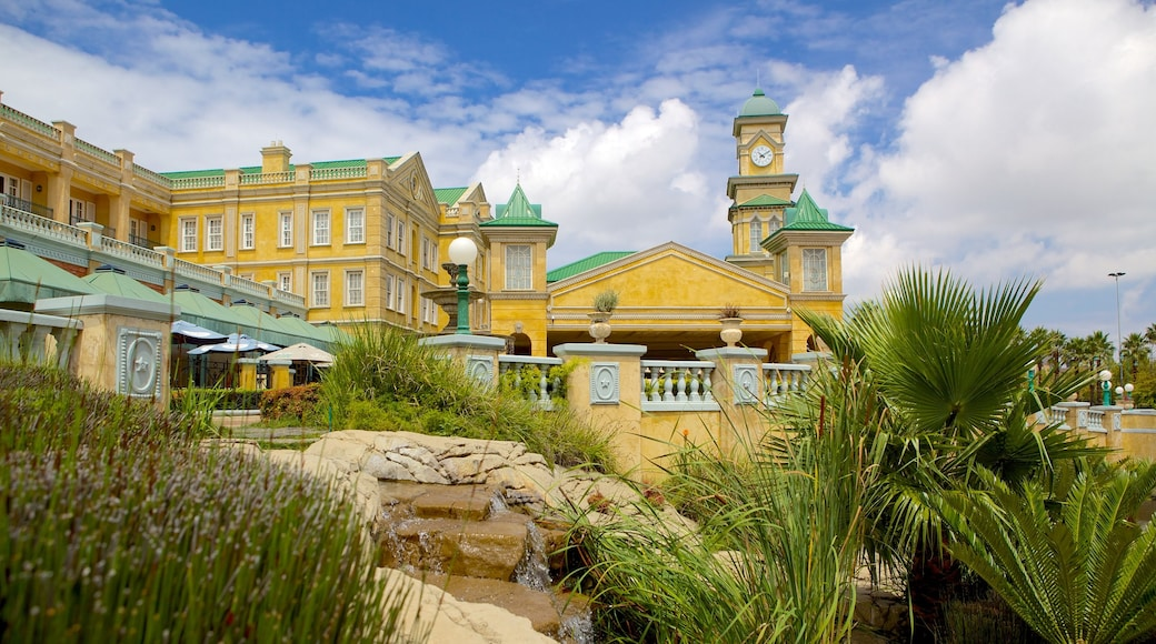 Gold Reef City showing heritage architecture