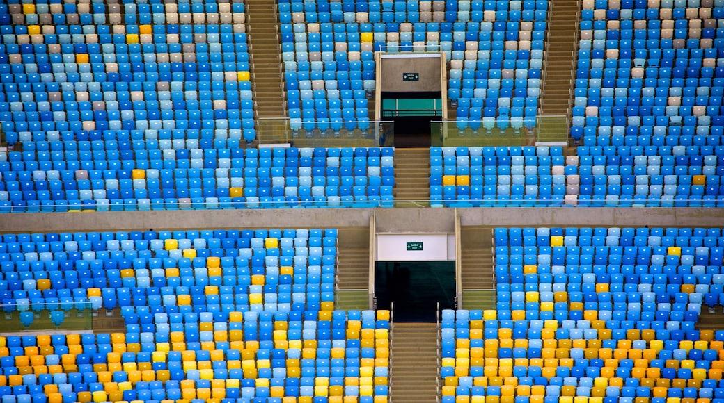 Estadio Maracaná ofreciendo vista interna