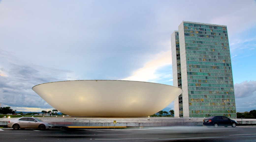 National Congress of Brazil showing a city, street scenes and modern architecture
