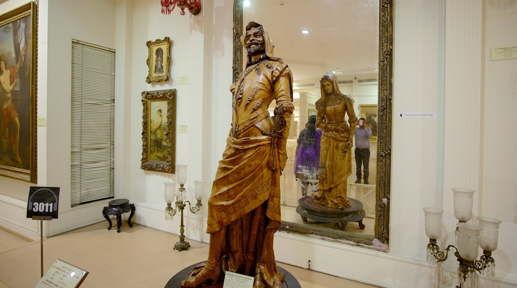 Salar Jung Museum showing a statue or sculpture