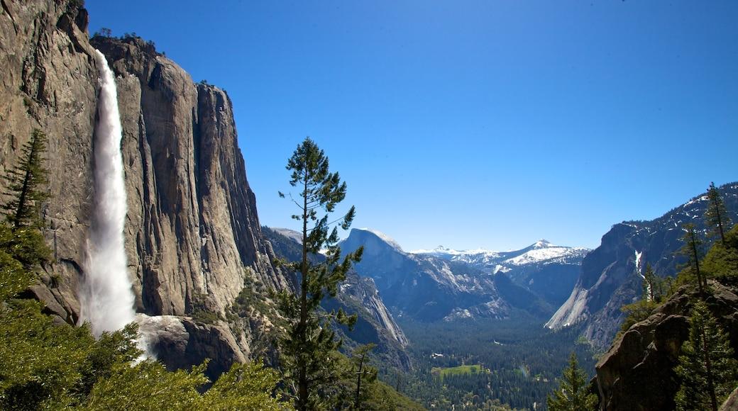 Yosemite Falls showing a waterfall and mountains