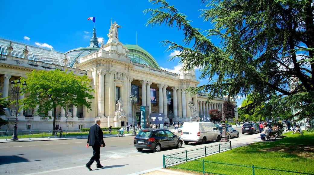 大皇宮 设有 歷史建築 和 街道景色