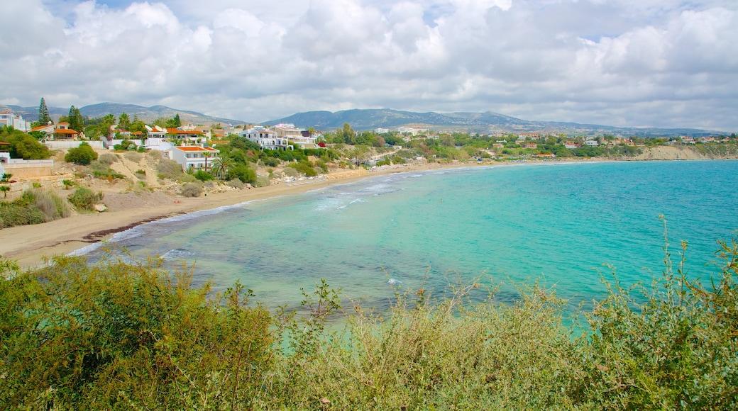 Coral Bay Beach showing general coastal views
