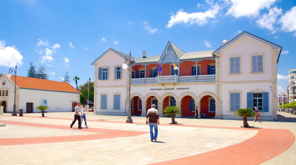 Place de l\'Europe qui includes patrimoine architectural et square ou place