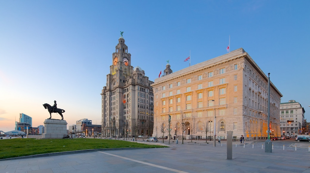 Royal Liver Building showing a sunset and heritage architecture