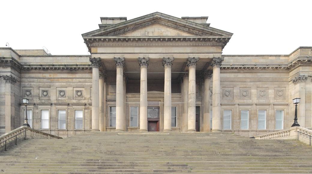 World Museum Liverpool fasiliteter samt historisk arkitektur