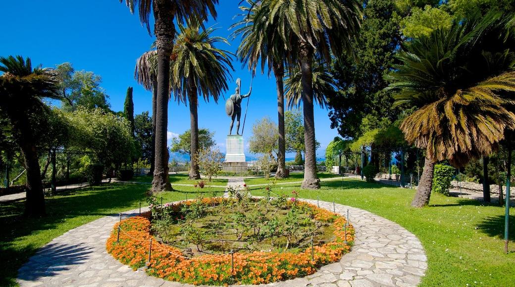 Achilleion ofreciendo un jardín