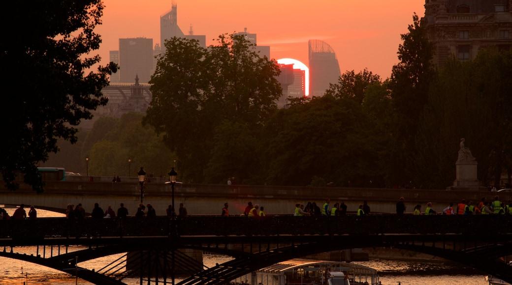 新橋 呈现出 夕陽