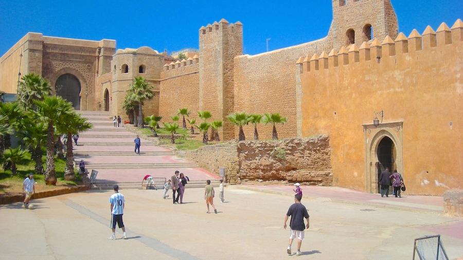 Rabat qui includes patrimoine historique et square ou place