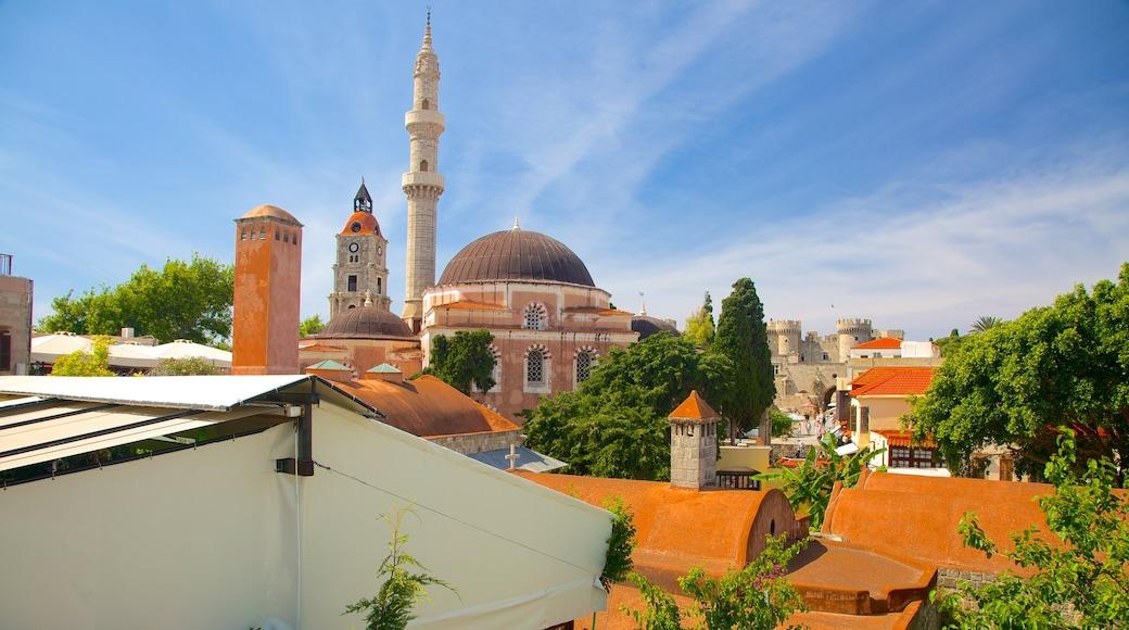 Vieille-ville de Rhodes mettant en vedette patrimoine architectural et ville