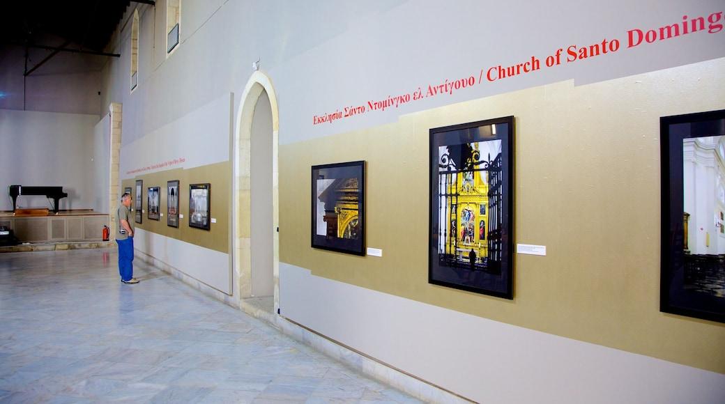 Basilika Agios Markos welches beinhaltet Kirche oder Kathedrale, religiöse Elemente und Innenansichten