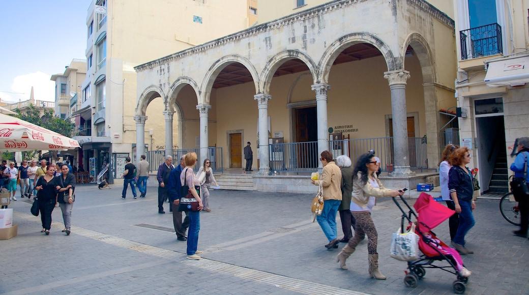 Basilika Agios Markos mit einem religiöse Aspekte, Kirche oder Kathedrale und historische Architektur