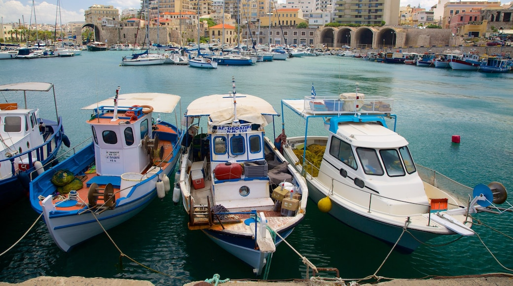 Heraklion Port which includes a marina