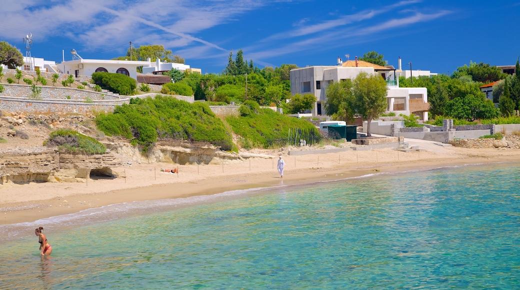Strand von Pefkos welches beinhaltet Strand und allgemeine Küstenansicht