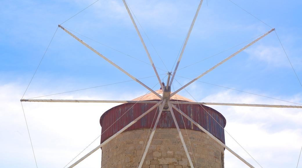 Port de Rhodes montrant moulin à vent
