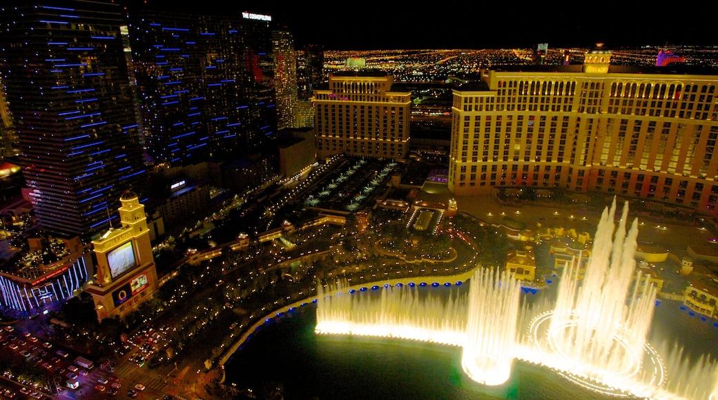 Nevada inclusief een fontein, een stad en skyline