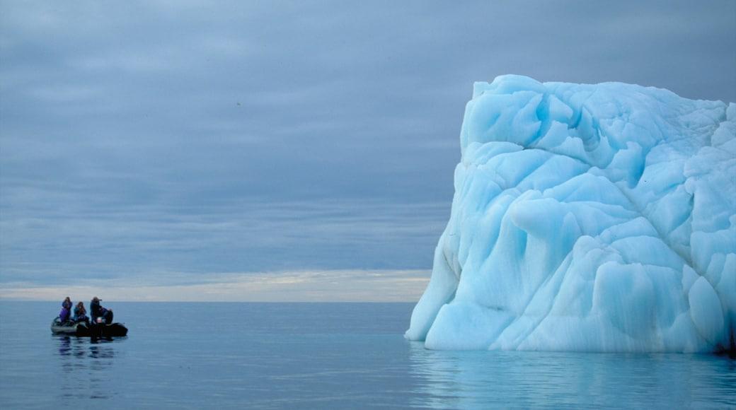 Nunavut mostrando vistas generales de la costa y nieve