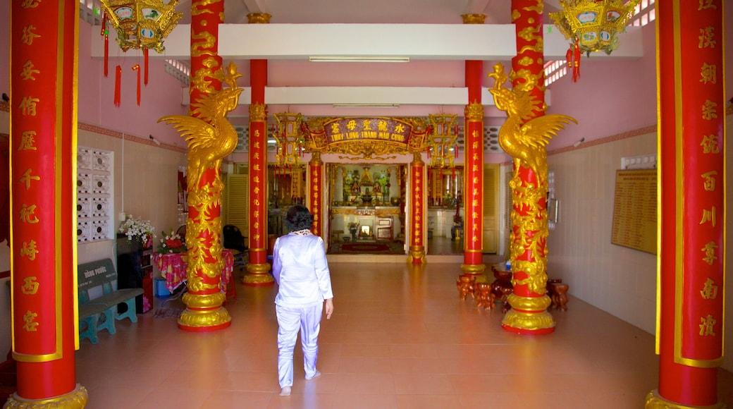 Dinh Ba Thuy-Long Thanh-Mau