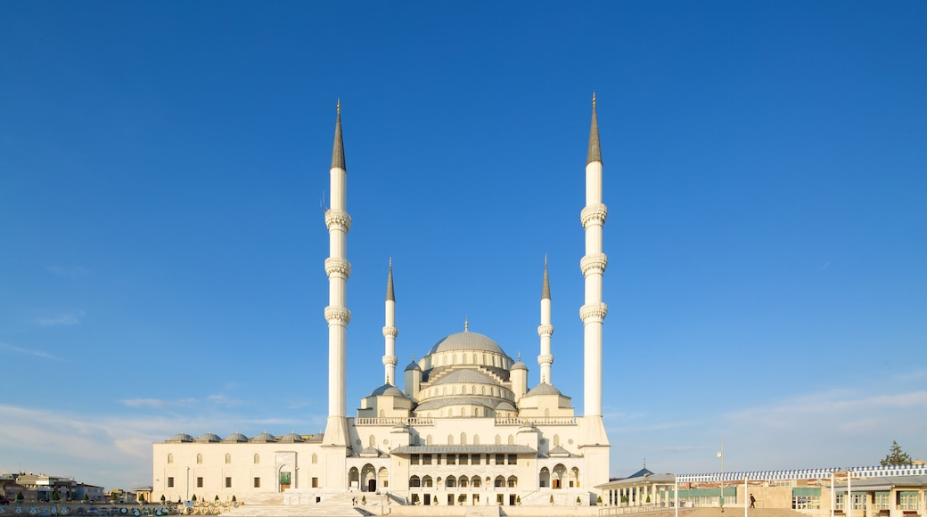 Kocatepe Mosque which includes heritage architecture, religious aspects and a mosque