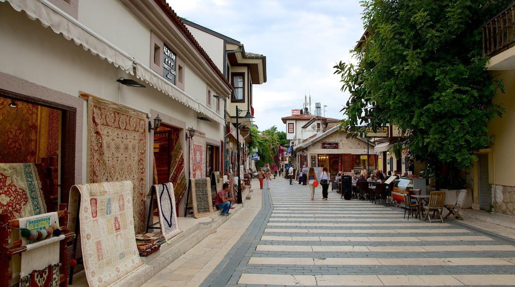 Antalya showing street scenes