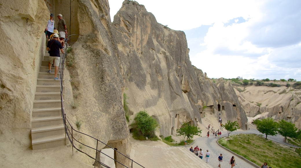Goreme Open Air Museum showing mountains