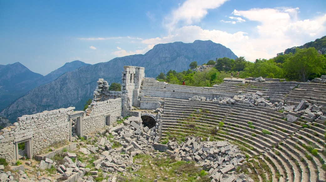 Termessos which includes building ruins