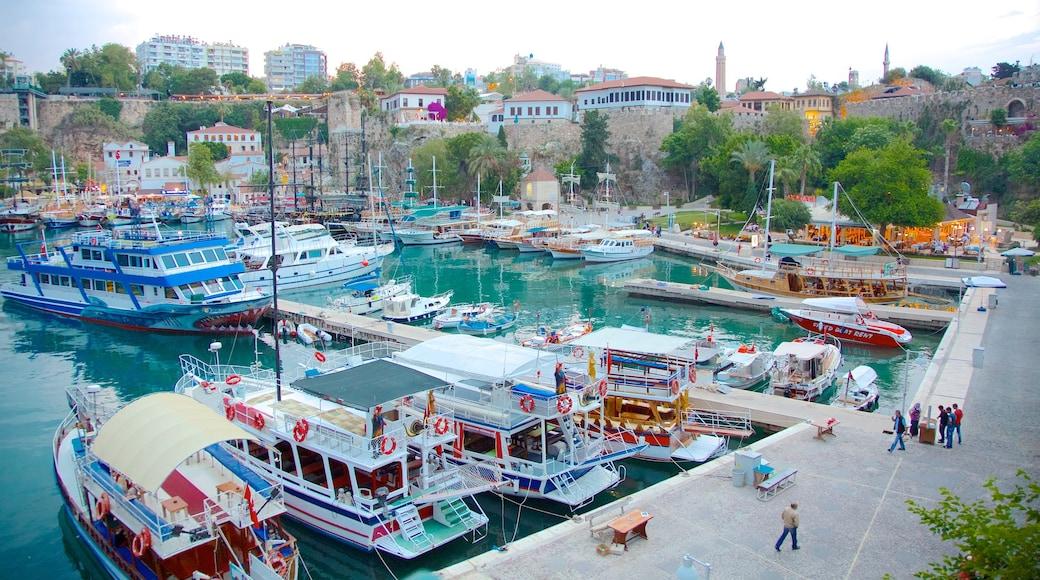 Marina de Kemer qui includes marina