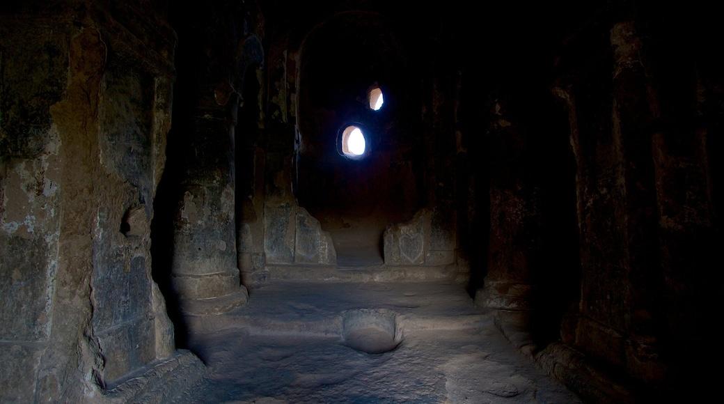 Selime Monastery 呈现出 內部景觀 和 傳統元素