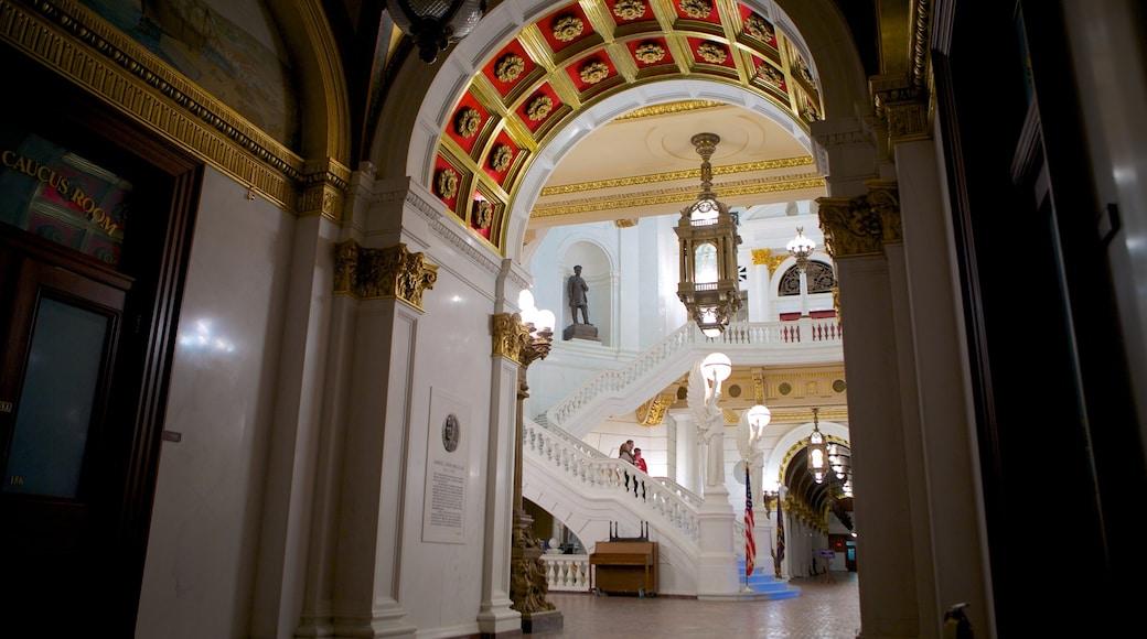 Capitólio Estadual da Pensilvânia caracterizando arquitetura de patrimônio, vistas internas e um edifício administrativo