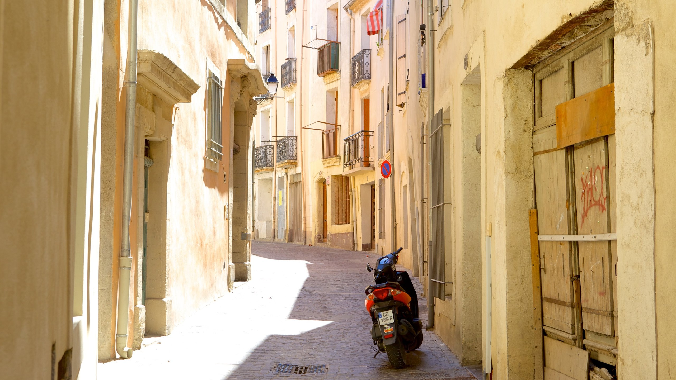 In And Out Beziers visit beziers: 2020 travel guide for beziers, occitanie