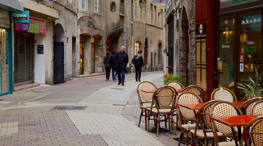 Grenoble qui includes patrimoine architectural et scènes de rue
