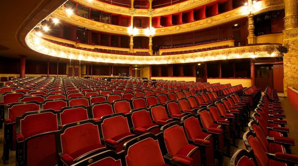 Opéra montrant vues intérieures et scènes de théâtre