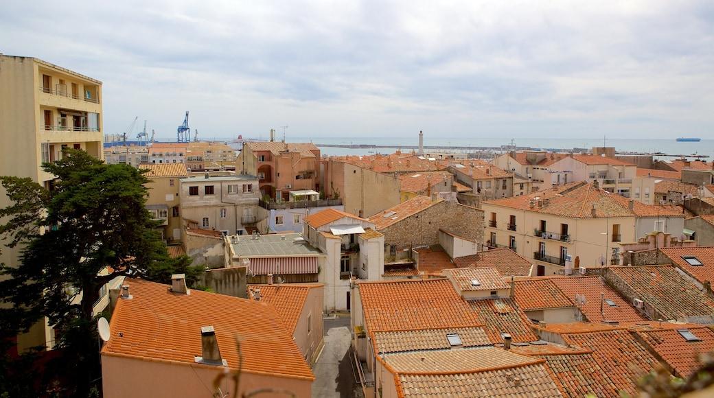 Sète qui includes ville et panoramas