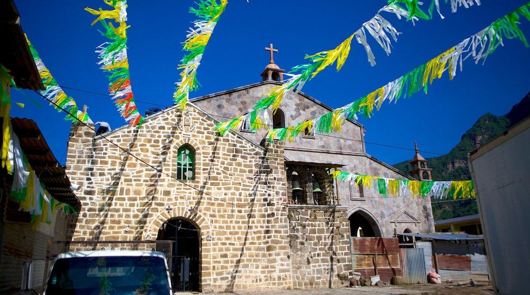 산후안 라 라구나 이 포함 교회 또는 성당 과 종교적 요소