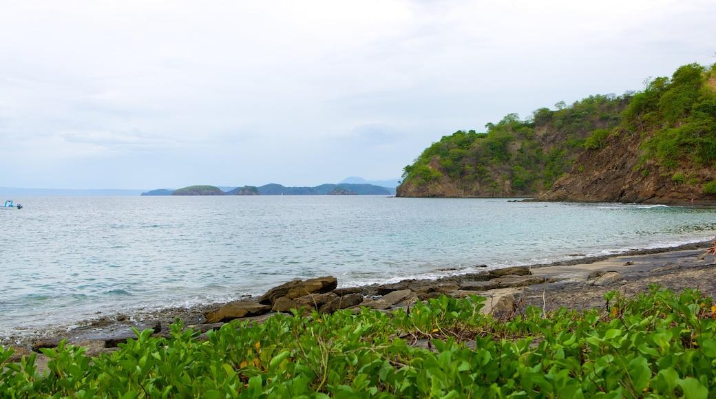 El Ocotal which includes landscape views and rocky coastline