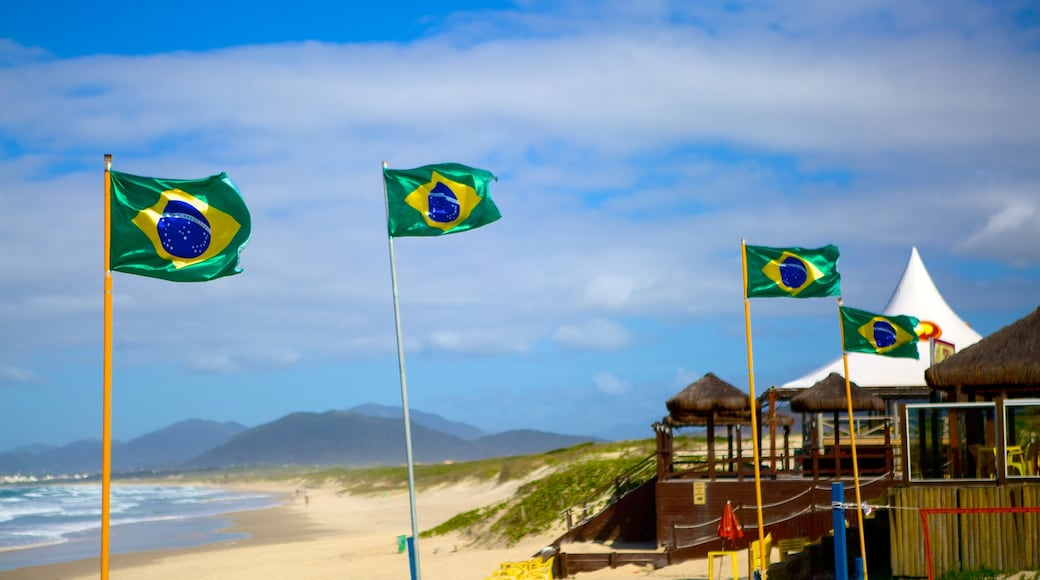 Playa Joaquina que incluye una playa de arena