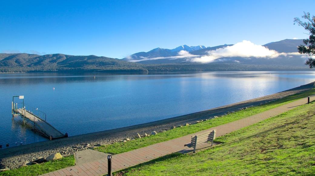 Te Anau featuring landscape views and a lake or waterhole