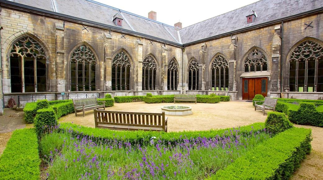 Onze-Lieve-Vrouwebasiliek das einen Garten, Geschichtliches und Kirche oder Kathedrale