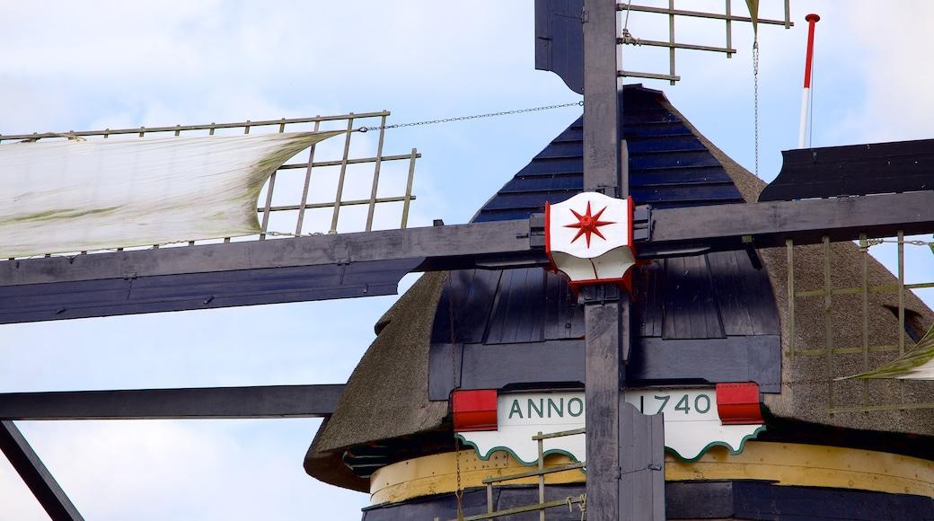 Kinderdijk featuring perintökohteet ja tuulimylly