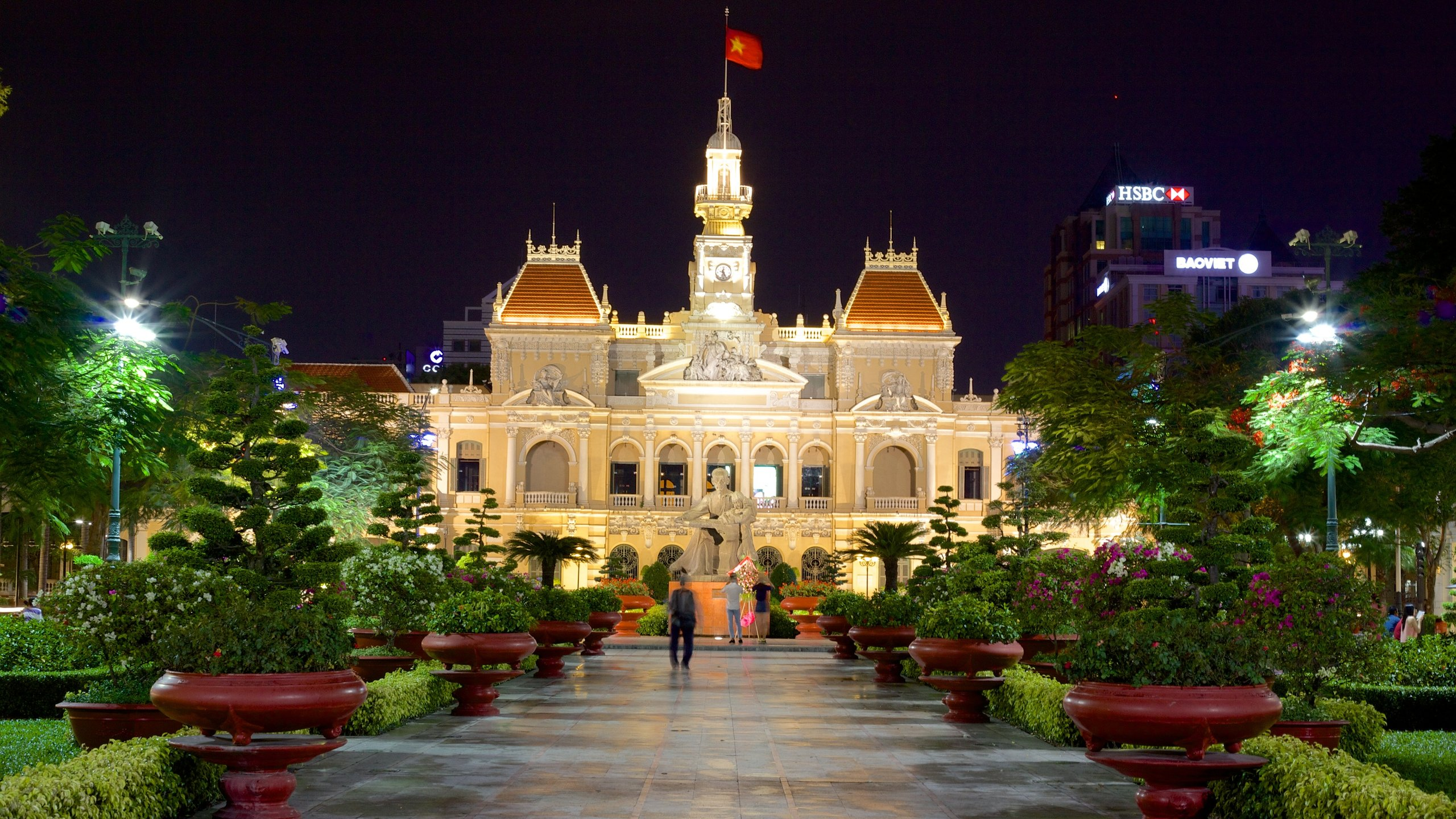 Where can i find the hottest vietnamese girls in ho chi minh city, vietnam