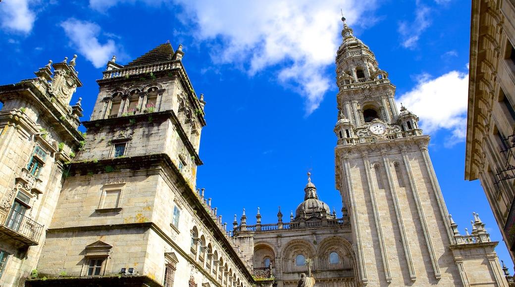 Santiago de Compostelan katedraali joka esittää perintökohteet, kirkko tai katedraali ja uskonnolliset aiheet
