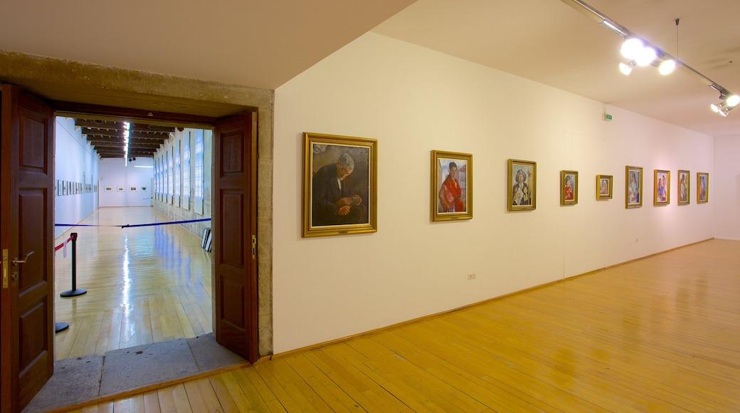 Galician alueen museo joka esittää sisäkuvat ja taide