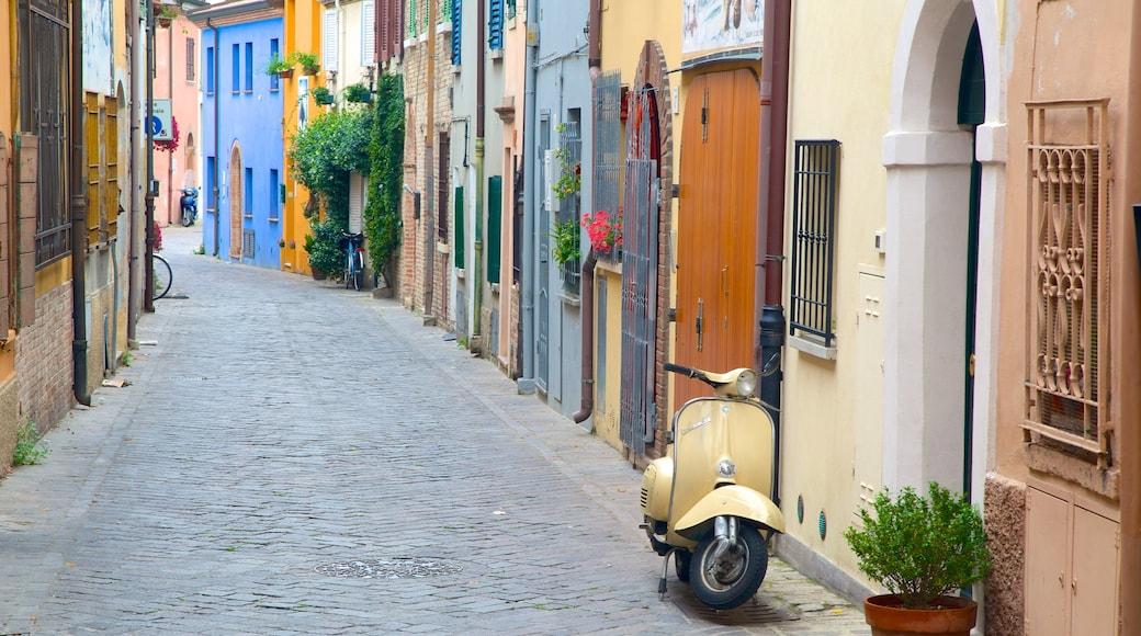 Rimini mettant en vedette scènes de rue