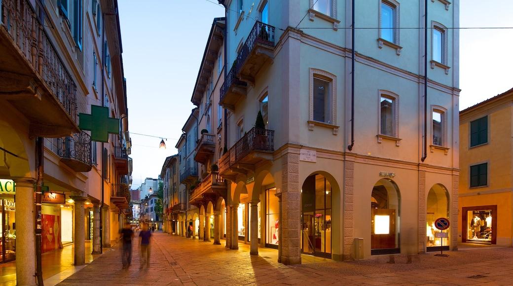 Varese showing street scenes and night scenes