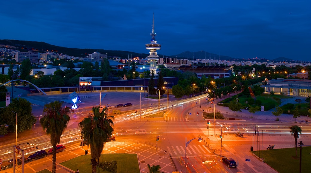 Thessaloniki welches beinhaltet bei Nacht, Landschaften und Stadt