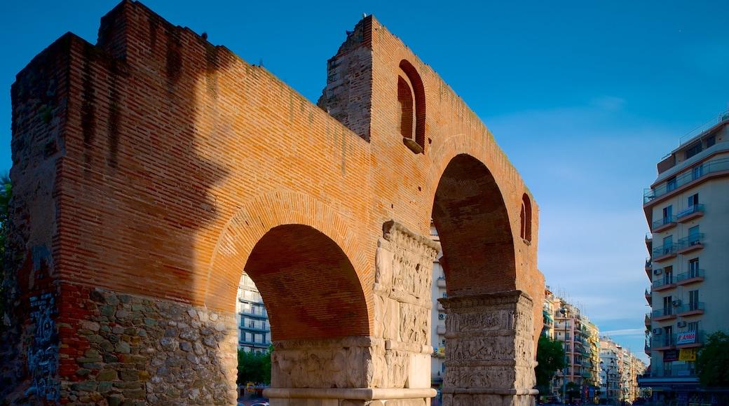 Boog van Galerius inclusief historisch erfgoed