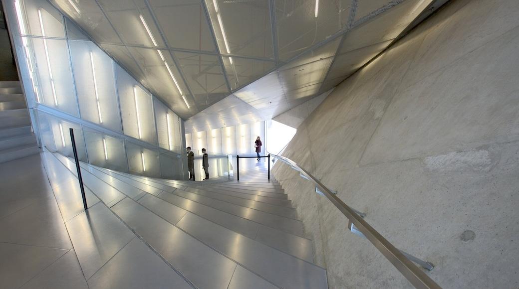 Casa da Musica som inkluderer moderne arkitektur og innendørs